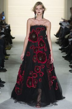 Why Marchesa's Fall 2015 Looks Are What We Want to See on the Red Carpet – Vogue