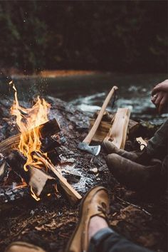 Check out these 24 awesome campsites for inspiration on your next trip! Looking for insiration on your next camping adventure this year? Check out these campsites that will inspire you with those camp vibes for your next trip! Camping And Hiking, Camping Life, Camping Hacks, Camping Gear, Camping Baby, Camping Foods, Camping Signs, Bushcraft Camping, Beach Camping