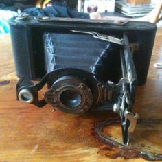 """Kodak Brownie"" camera"