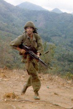 Vietnam War Photos, Vietnam Veterans, Photo Music Video, American Story, Battle Ground, History Images, Photo Essay, Military Art, Troops
