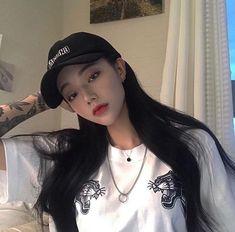 Korean girl with tattoos [bad girls] [ulzzang] Uzzlang Girl, Girl Face, Ulzzang Girl Fashion, Ulzzang Korean Girl, Pretty Korean Girls, Cute Korean Girl, Girl Korea, Asia Girl, Grunge Girl