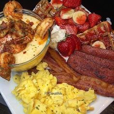Breakfast Picnic, Breakfast Plate, Food Picks, Seafood Dinner, Food Goals, Cafe Food, Food Cravings, Food Porn, Healthy Snacks