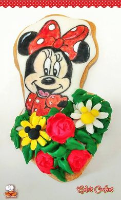 Galleta pintada a mano royal icing y fondant Minnie primavera
