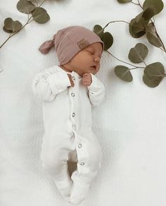 Repost of this little cute baby! Originally from -Lesya Tishkov