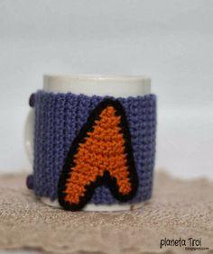 Niebieski ocieplacz na kubek dla fanów Star Trek