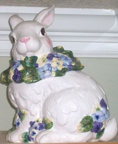 sweet bunny cookie jar
