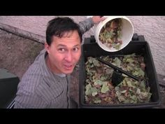 Toter Trash Can Continuous Flow Compost Bin Review - excellent detailed review, very helpful!