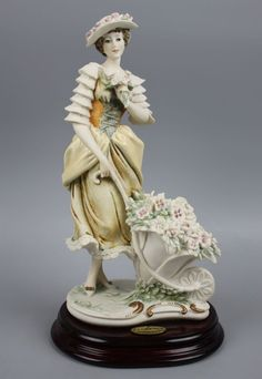 "Giuseppe Armani Figurine 535C ""Lady with Flower Cart"" #PorcelainFigurine"