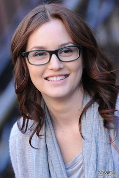 Leighton Meester glasses