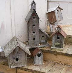 40 Ideas for bird houses painted design gourds birdhouse Bird Houses Painted, Bird Houses Diy, Building Bird Houses, Wooden Bird Houses, Barn Board Projects, Wood Projects, Bird House Plans, Bird Boxes, Yard Art