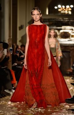 Pin for Later: Khaleesi Would Be All Over Valentino's Couture Collection