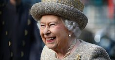 Der Autor Thomas Blaikie veröffentlichte in seinem neuen Buch witzige Storys aus dem Leben von Queen Elizabeth II. und Co.