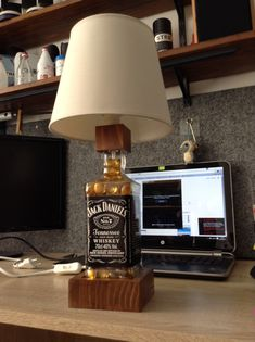 Complete jack daniels bottle lamp