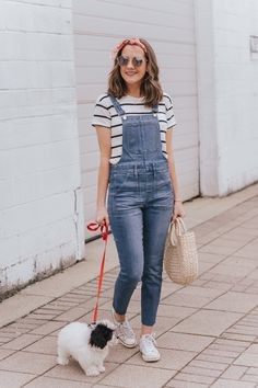 Styling a Bandana Scarf and We Got a Puppy! - Wishes & Reality Cute Overalls, Skinny Overalls, Overalls Outfit, Overalls Women, Dungarees, Stylish Eve Outfits, Cute Casual Outfits, Business Casual Outfits, Overall Shorts