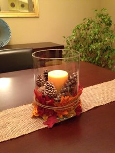 Excellent Totally Free Fall Centerpiece Fall Decor Idea Strategies These decorations are simple and self-explanatory, however, many persons might do not have these ide Fall Table Centerpieces, Thanksgiving Centerpieces, Thanksgiving Diy, Fall Home Decor, Autumn Home, Table Halloween, Deco Champetre, Fall Arrangements, Autumn Decorating