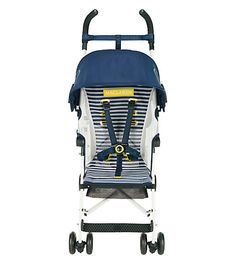The #Nautical Stripe Volo, a #Maclaren Object of Design, adds maritime flair to our lightweight stroller.