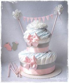 Gâteau de couches Eline cadeau naissance fille personnalisé