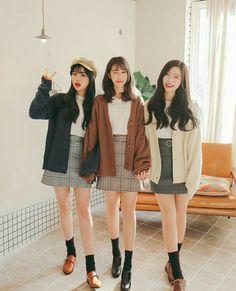 Marishe Korean Fashion Similar Look I Pin By Aki Warinda Cute Fashion, Look Fashion, Girl Fashion, Winter Fashion, Fashion Outfits, Womens Fashion, Fashion Design, Fashion Ideas, Korean Fashion Trends