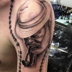 #pretovelho #realism #retrato #portrait #gugo #guarulhos #gugotattoo #umbanda #tattoo #tatuaje #tattoosp #tatuagem