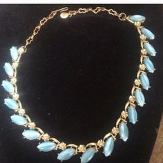 """Final reduction beautiful necklace This necklace is in excellent condition and soooooo beautiful. It is 15 1/2"""" long. One of a kind. Vintage Jewelry Necklaces"""