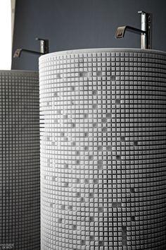 Paolo Ulian Designs a Pixelated Sink for Antonio Lupi Luxury Interior, Interior Architecture, Interior Design, Metal Sink, Stone Basin, Metal Grid, Bath Products, Kitchen And Bath, Bathrooms