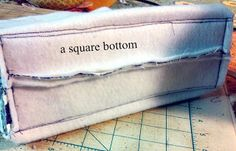 Bumblebee Bags: Adding a Hard Bottom to Your Bags - more of a semi-stiff bottom, but would add structure
