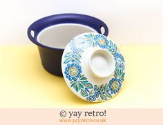 Figgjo Flint Casserole Dish - Buy yay retro Handmade Crochet online - Arts & Crafts Shop, crochet shawls, wraps, blankets, hot water bottle covers and vintage textile cushions. Viking Pattern, Blue Dishes, Craft Shop, Kitchen Cupboards, Vintage Textiles, Crochet Shawl, Casserole Dishes, Arts And Crafts, Packaging