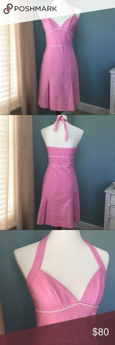 NWT Laundry by Shelli Segal Halter Dress This is Summer🌺 Beautiful pink/off-white halter dress - gorgeous fabric - tailored for an amazing fit - pleats - zipper closure - fully lined- NWT Laundry by Shelli Segal Dresses Midi