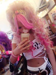 Gyaru - I love the hair <3