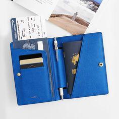 The perfect passport case by Invite.L