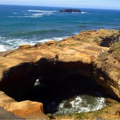 the devil's punch bowl, otter rock, oregon; just south of lincoln city on pacific coast highway Pacific Coast Highway, Oregon Coast, Oh The Places You'll Go, Places To Visit, Northwest Usa, Visit Oregon, Oregon Living, Oregon Washington, Living In Europe