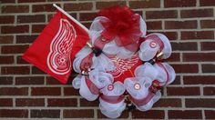 Detroit Red Wings NHL Hockey Wreath by DesigningSpaces on Etsy, $149.00