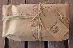 Brown paper gift wrap needs so little to make it look country style and beautiful
