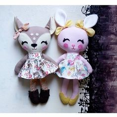 Bye girls! Have fun in California!  #dollsanddaydreams #etsyfinds #etsyshop #etsy #fawn #bunny #sisters