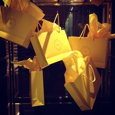 Gifting Window! Fine shop