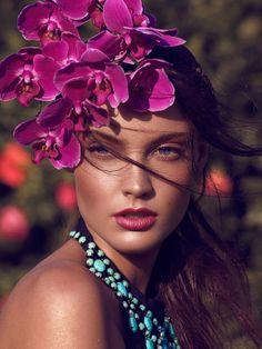 RENYA XYDIS for VALONZ Webazine | Bloom