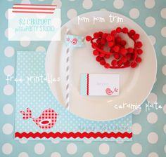 DIY charger + cake stand w/ FREE printables for your holiday parties. Created by Petite Party Studio on iheartnaptime.net