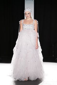 Couture Collection, Wedding Dresses, Fashion, Bride Dresses, Moda, Bridal Wedding Dresses, Fashion Styles, Weding Dresses, Dress Wedding