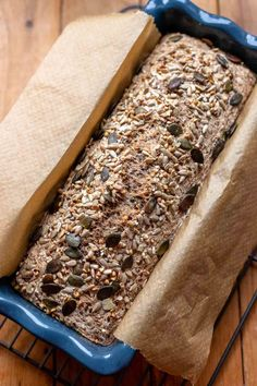 A healthy, and super easy to make vegan buckwheat bread recipe made with natural ingredients. Yeast-free and nut-free. Slices perfectly and freezes well. Raw Dessert Recipes, Raw Food Recipes, Mexican Food Recipes, Bread Recipes, Freezer Recipes, Freezer Cooking, Drink Recipes, Cooking Tips, Keto Recipes
