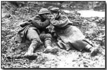 Canadian and German Soldier sharing a light in no-man's land, Wars are often waged by politicians but fought by common men who'd probably get along if given a chance and didn't buy in to political dogmas. World War One, First World, German Soldier, Ww1 Battles, Battle Of Passchendaele, Battle Of Ypres, Canadian Soldiers, Cultura General, Light In