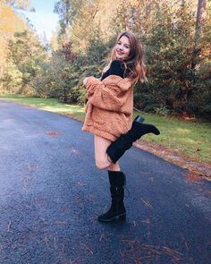 Annie Rose Cole, Forever 21 Girls, Happy Thanksgiving, Pretty Girls, Spring Outfits, Beautiful People, Sisters, Cute Outfits, Thankful