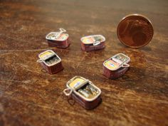 Etsy の dollhouse miniature sardine tin by bagusitalyminiatures