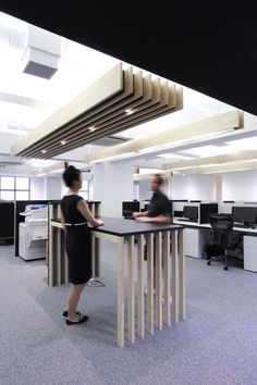 CDS Consulting's New Tokyo Offices - standing meeting table for very quick discussions