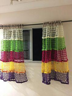 Crochet Feather, Crochet Sunflower, Crochet Daisy, Pineapple Crochet, Filet Crochet, Crochet Stitches, Crochet 101, Crochet Ripple, Crochet Braid