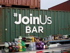 Die #JoinUs Bar in der Ticket-only-Zone vor der B+W Hallerne in Kopenhagen (59. Eurovision Song Contest 2014).