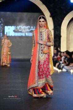 Latest Bridal Lehenga Collection 2014 by Noomi Nnsari Latest Bridal Lehenga, Pakistani Bridal Couture, Pakistani Wedding Dresses, Indian Couture, Pakistani Outfits, Indian Dresses, Indian Outfits, Asian Bridal Wear, Indian Bridal