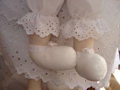 Detalhes da Luxuosa Boneca para Daminhas. Puro luxo e graciosidade.