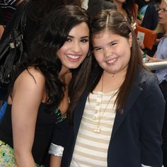 Demi Lovato's Little Sister is All Grown Up: Demi and Madison Selfie Cuteness Female Songs, Demi Lovato Pictures, Sisters Forever, All Grown Up, Song Artists, Disney Channel, Little Sisters, Role Models, My Idol