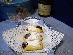 Biscotti ripieni di confettura di lamponi,ricetta emiliana