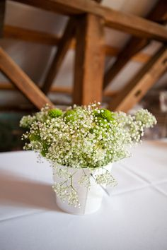 baby's breath & greens for a beautifully simply centerpiece